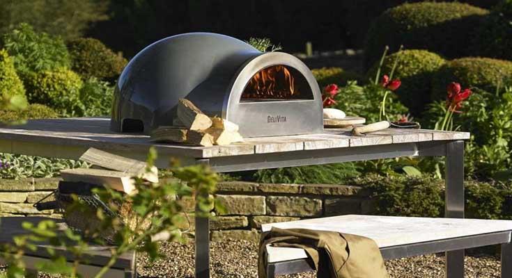 Un Horno de Pizza al Aire Libre