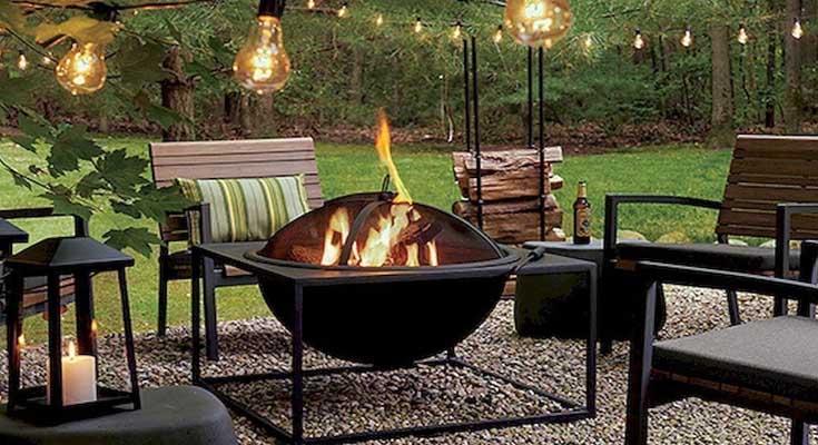 Pozos de fuegos con luces