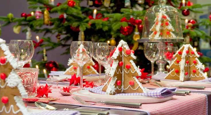 La decoración Para una fiesta de Navidad